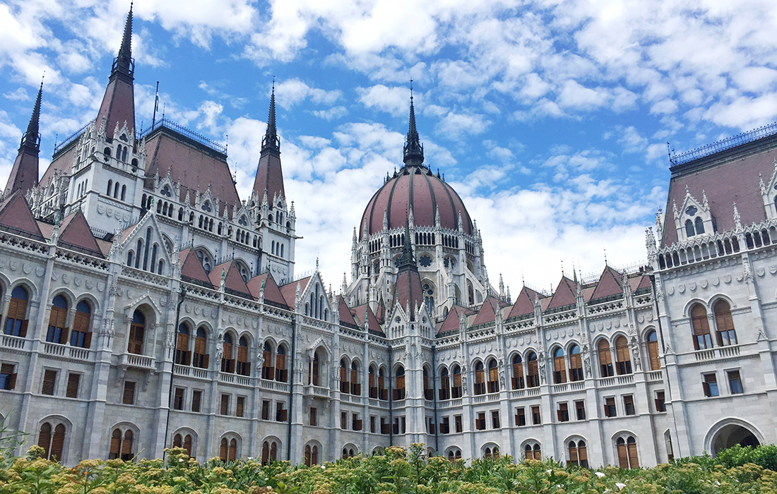 The Hungarian Parliament building – Travel guide, 1 day in Budapest