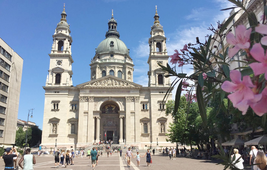 St Stephen's Basilica – Travel guide, 1 day in Budapest